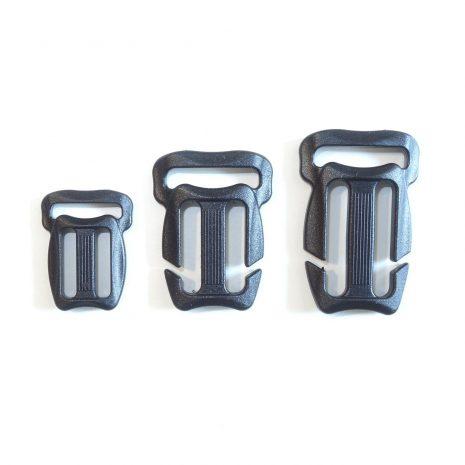 Quick attach sternum strap adjuster buckle