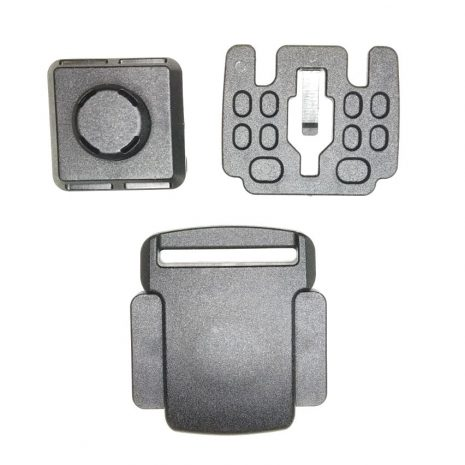 SIde squeeze magnetic pouch buckle
